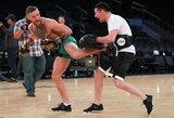 C.McGregoro treneris įvardijo tris galimus airio varžovus UFC narve