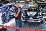 V.Švedas pristatė beveik 200 tūkst. eurų vertės lenktyninį automobilį