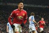"""""""Man United"""" pergalė paženklinta pirmuoju A.Sanchezo įvarčiu"""