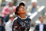 """Geriausia pasaulio tenisininkė gavo """"riestainį"""", bet išsigelbėjo """"Roland Garros"""" starte"""