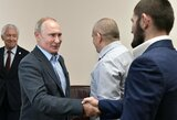 """Kremliaus reakcija į Ch.Nurmagomedovo pasitraukimą: """"Tai jo sprendimas"""""""