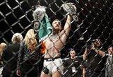 UFC kovotojai reikalauja atimti iš C.McGregoro čempiono diržą