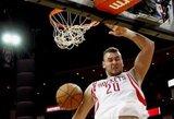 """D.Motiejūnas sugrįžo į """"Rockets"""" klubą ir prisidėjo prie pergalės prieš """"Lakers"""" ekipą"""