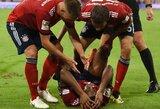 """Tragiška sezono pradžia: """"Bayern"""" žaidėjas K.Comanas traumą patyrė prieš pat pirmojo kėlinio pabaigą"""