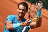 """R.Nadalis net keturioliktus metus iš eilės žais """"Roland Garros"""" trečiajame rate"""