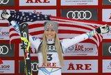 Beveik 120 km/val. greičiu skriejusi L.Vonn karjerą baigė su pasaulio čempionato bronza