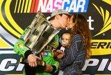 """Nemažą sezono dalį dėl traumos praleidęs K.Buschas – naujasis """"Nascar Sprint Cup Series"""" čempionas"""