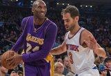 """Su S.Lee rungtynių metu pasikalbėjęs K.Bryantas pašiepė """"Knicks"""" """"Trikampį puolimą"""""""