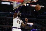 """L.Jamesas dėjimu išplėšė """"Lakers"""" pergalę"""