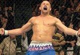 """""""Bellator"""" į narvą bando sugrąžinti aštuonerius metus nekovojusią UFC legendą"""