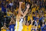 """Atkrintamųjų tritaškių rekordą pagerinęs S.Curry atvedė """"Warriors"""" į pergalę"""