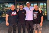 """C.Nurmagomedovo komandos narys L.Rockholdas pasakė vienintelį būdą, kaip nugalėti UFC čempioną: """"Visų jo varžovų strategija buvo bloga"""""""