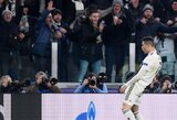 """Pamatykite: švęsdamas C.Ronaldo """"patrolino"""" D.Simeone"""