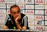 """""""Juventus"""" vadovai susierzinę: M.Sarri neatsisako rūkymo net ir sirgdamas plaučių uždegimu"""