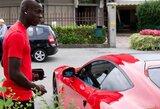 """A.Taarabtas: """"M.Balotelli su """"Ferrari"""" važiavo taip greitai, kad net jo šuo susirgo"""""""