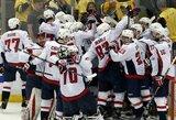 """Pratęsimo metu pelnytas įvartis nulėmė istorinę """"Capitals"""" pergalę prieš """"Penguins"""""""