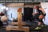 Stipriausia pasaulio moteris pakėlė rekordinio svorio akmenį