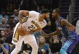 "Šarlotėje dominavęs A.Davisas atvedė ""Pelicans"" į pergalę"