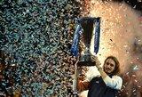 """Svajonių debiutas: pirmą kartą į """"ATP Finals"""" patekęs S.Tsitsipas iškovojo nugalėtojo titulą!"""