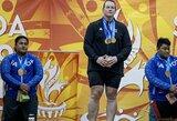 Kyla visuotinis nepasitenkinimas, tačiau nieko negali padaryti: transseksualas skina medalius moterų sunkiojoje atletikoje