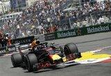 """Dvejus metus laukta """"pole"""" pozicija: D.Ricciardo buvo greičiausias legendinėje Monako trasoje"""