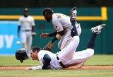 """D.Neverauskas solidžiai debiutavo naujajame MLB sezone, """"Pirates"""" išplėšė įspūdingą pergalę"""