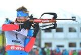Biatlono Pasaulio taurės varžybose pergales iškovojo norvegė ir rusas