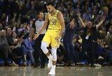 S.Curry per tris kėlinius įmetė 51 tašką
