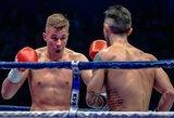 R.Avlasevičius pasaulio kikbokso čempionate įveikė kanadietį, J.Nausas pralaimėjo pirmąją kovą