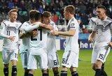 EURO2020 atranka: dešimtyje rungtyniauti likę vokiečiai sutriuškino estus, Velsas ir Kroatija susitikimą baigė lygiosiomis