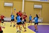 """Lietuvos moterų rankinio čempionate – pirmasis """"Eglės"""" pralaimėjimas ir rezultatyviausios D.Andronik rungtynės"""
