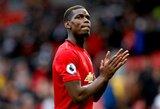 """Prieš P.Pogbą atsisukę """"Manchester United"""" sirgaliai surengė protestą prie """"Carrington"""" treniruočių centro"""