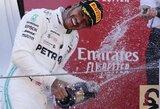 """Trečius metus iš eilės Barselonoje laimėjęs L.Hamiltonas – naujasis """"Formulės 1"""" čempionato lyderis"""