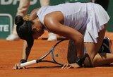 """Pirmoji pasaulio raketė sensacingai eliminuota """"Roland Garros"""" turnyre"""