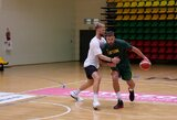 J.Valančiūnas ir D.Sabonis lieja prakaitą individualiose treniruotėse