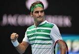 Pusmetį nežaidęs R.Federeris į kortus sugrįžo pergalingai (papildyta)