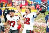 """""""Super Bowl"""": NFL legenda T.Brady laimėjo septintą čempiono žiedą ir turi jų daugiau nei bet kuri komanda"""