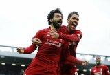 """Kova dėl titulo tęsiasi: """"Liverpool"""" nugalėjo paskutinėmis minutėmis kamuolį į savus vartus įsimušusius """"Tottenham"""""""