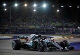 """Fantastišką ratą nuvažiavęs L.Hamiltonas iškovojo """"pole"""" poziciją naktiniame Singapūre"""
