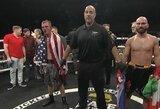 Krauju aplaistytoje kovoje be pirštinių A.Lobovas nugalėjo J.Knightą ir užsidirbo akistatą su P.Malignaggi