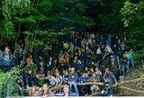 Pamatykite: šimtai sirgalių už LFF stadiono tvoros stebi C.Ronaldo