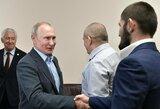 """C.Nurmagomedovą priėmęs V.Putinas: """"Užsmaugei varžovą taip, kaip ir priklauso"""""""