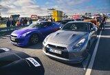 """Traukos lenktynėse Palangoje greičiausi – """"Nissan GT-R"""" automobiliai"""