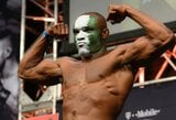 """Sąlygą C.McGregorui iškėlęs K.Usmanas mano, kad tai būtų visiškai nelygiavertiška kova: """"Nemanau, kad po mūsų kovos jis dar kada nors grįžtų į sportą"""""""