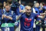 """D.Alvesas: """"Būtų malonu žaisti """"Milan"""" klube"""""""