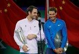 Teniso legendų finale Šanchajuje R.Federeris parklupdė pirmąją pasaulio raketę