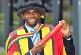 Klinikinę mirtį išgyvenęs F.Muamba baigia futbolininko karjerą