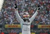 L.Hamiltonas tapo pasaulio čempionu ir atsidūrė per žingsnį nuo legendinio M.Schumacherio rekordo