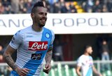 """Rezultatyviausias visų laikų """"Napoli"""" žaidėjas M.Hamšikas sulaukė D.Maradonos dovanos"""