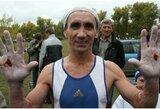 59-erių rusas sumušė pasaulio rekordą: padarė 4098 prisitraukimus per 6 valandas